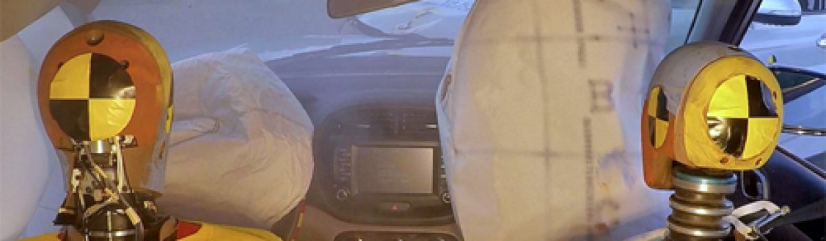 Xe Hyundai có thêm túi khí phụ nếu túi khí chính không nổ