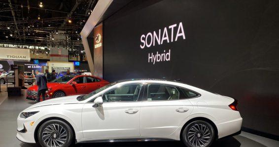 Hyundai Sonata 2020 có phiên bản chạy bằng năng lượng mặt trời